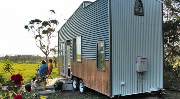 dyl-lils-tiny-house-on-wheels-1570529281870